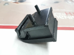 Nosac motora mjenjaca Golf 1