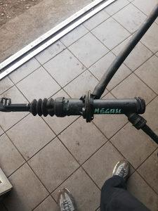 Renault Megan celindar kvacila podpedalni