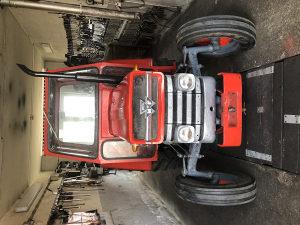 Traktor Massey - Ferguson 135