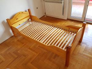 Krevet od punog drveta sa latofleksom