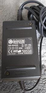 Nintendo / GameCube / Game Cube / adapter