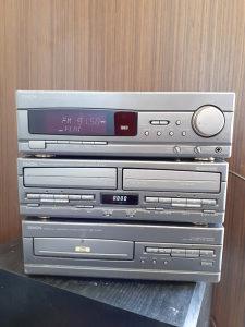 DENON POJACALO CD DECK FM