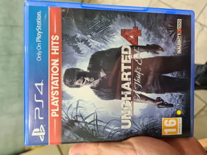 Uncharted 4 / PS4 PLAYSTATION 4