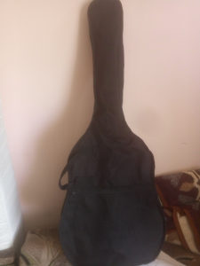 klasična gitara sa torbom