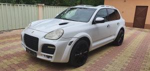 Porsche Cayenne Magnum 4.5 Benzin-Plin