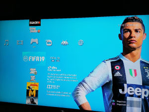 PS3 Playstation 3 Slim 250GB čipovan 30 IGARA