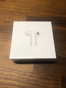 Apple AirPods 2 2019 with Wireless Charging Cace