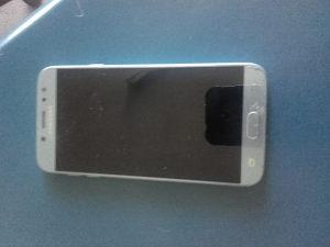 Mobilni telefon ,Samsung galaxy j7 duos