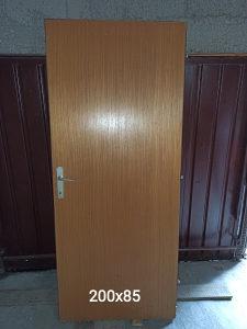 Sobna / ulazna drvena vrata
