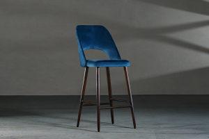 Barska stolica CB44