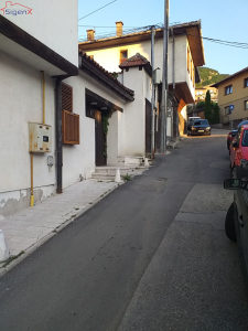 Dvosoban stan  / Stari Grad / odlična lokacija