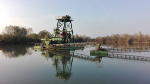 Plovni bager - greifer, korpa 4,5 m3