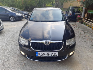 Škoda Superb 2012.g 1.6tdi 77kw top stanje,auto full