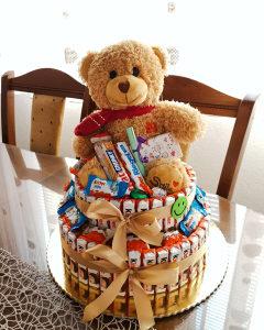 Kinder torta pokloni