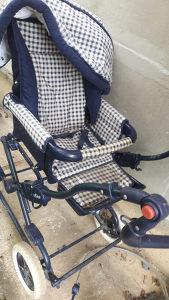 djecija kolica i korpa za nosenje