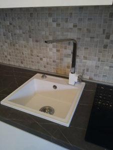SET granitni sudoper 44x44 i česma granit-inox + sifon