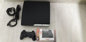 PS3 Slim 320Gb cipovan 50 igrica