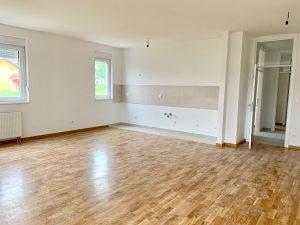 Prodaja useljiv trosoban stan 85m2 Paprikovac