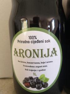 Aronija prirodno cijeđeni sok