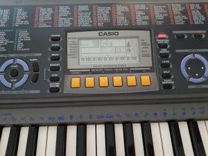 Casio klavijatura