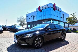 Volvo V40 2.0 D Momentum Sport -FACELIFT-