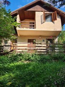 SIGENX prodaje: Vikend kuća Kakrinje / Rakovica