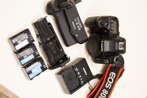 Canon 80D + Canon battery grip (8405 okidanja)
