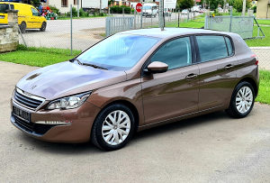 Peugeot 308 120 PS 99 000 NAVY,SENZORI GARANCIJA