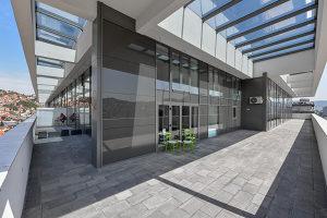 Kancelarijski Poslovni Prostori - Otoka - 300+  m2