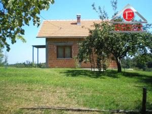 Kuća površine 56m2 sa okućnicom 7756m2 ID:3174/ZP