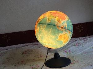 Italijanski globus skolski marke RICO