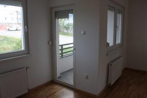 Nov, useljiv dvosoban stan 46 m2