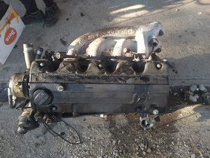 Motor mercedes 190 2.0 benzin ka glava