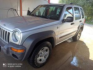 Jeep Liberty Cherokee 3.7 2004g 170000km tek reg