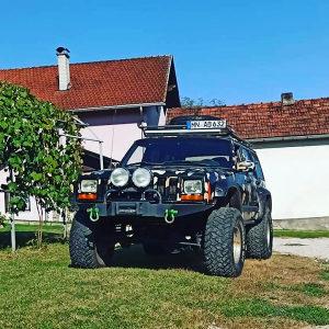 Jeep Cherokee Off Road 4x4 citaj detaljno!!
