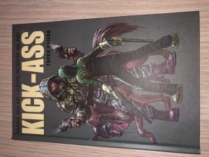 Kick Ass Treca Knjiga / HC / Čarobna Knjiga / Kick-Ass