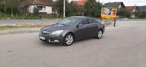Opel Insignia Reg god. Čitati detaljno