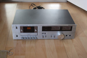 Strato kasetni deck