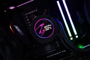 ULTIMATE AORUS GAMING PC Ryzen 3800X