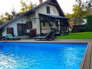 Vikendica, Fojnica, opremljena, 100m2 bazen 1000m2 vrt