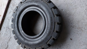 Pune gume 16x6-8 (150/75-8) Continental