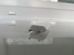 Apple iPhone originalni punjač adapter