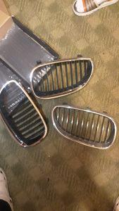 Bmw e60 gril maska