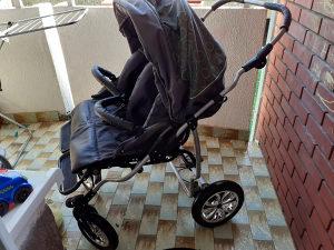 Kolica za blizance 3 u 1  ( uključene auto sjedalice )