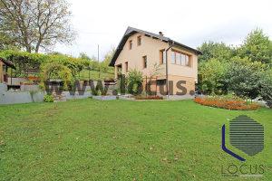 LOCUS prodaje: Kuća sa velikim dvorištem, Rakovica