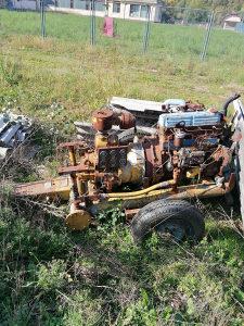 Kompresor vičanin nekompletan motor i kopresor ispravni
