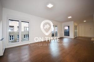 ON TIME prodaje: Marijin Dvor, Trosoban stan, 94 m2