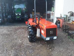 Traktor Cararo