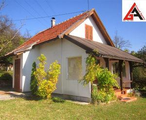 Kuća za odmor 70 m2 1210 m2 okućnice (HAMIDA) Zenica
