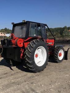 Traktor international 785xl